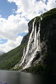 Geiranger fjord - Click for larger version